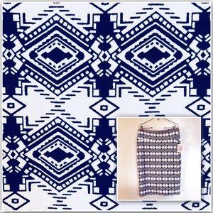 LuLaRoe Cassie Skirt NWT Navy Blue White Geometric